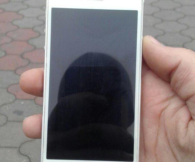 Iphone 5s. Фото 1. Кизляр.