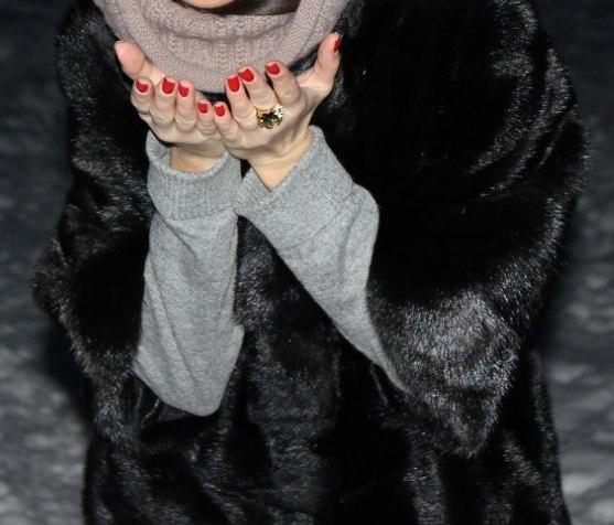 Шуба из норки(чёрная), размер 44-46. Фото 2. Москва.