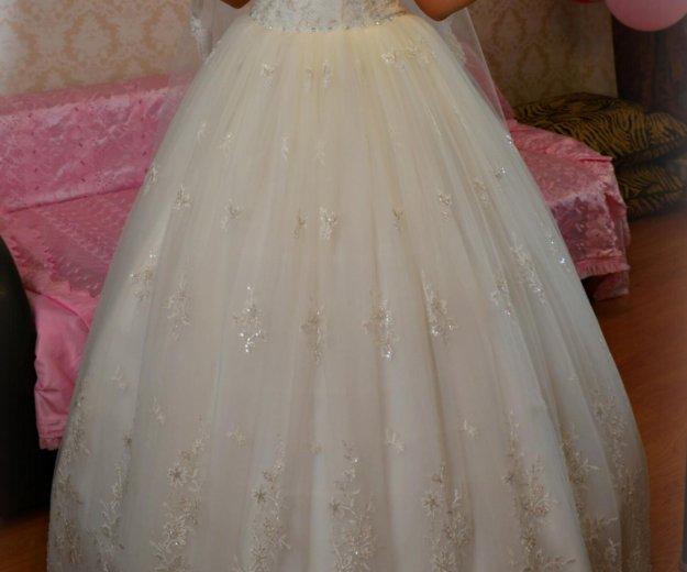 Красивое и счастливое свадебное платье!!. Фото 2. Ростов-на-Дону.