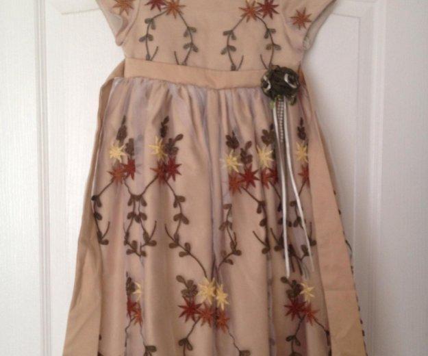 Очень красивое платье. Фото 1. Уфа.