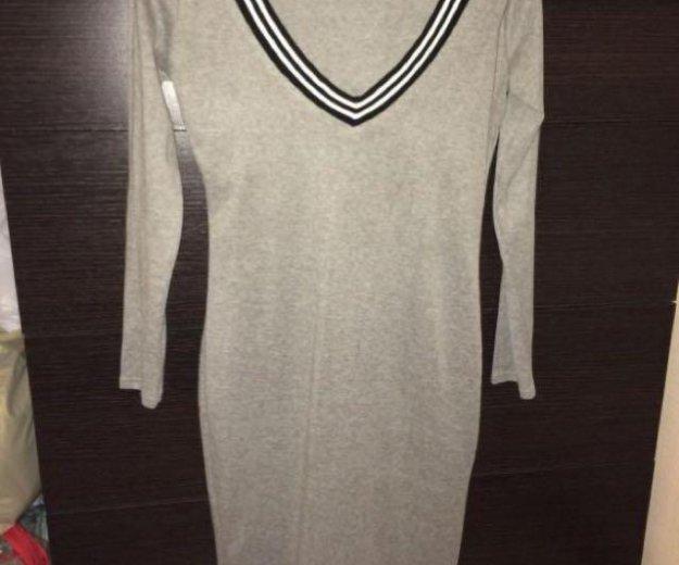 Серое тёплое мягкое платье 44. Фото 1. Химки.