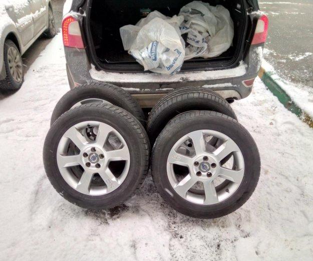 Колеса на оригинальных дисках sargas. Фото 1. Москва.