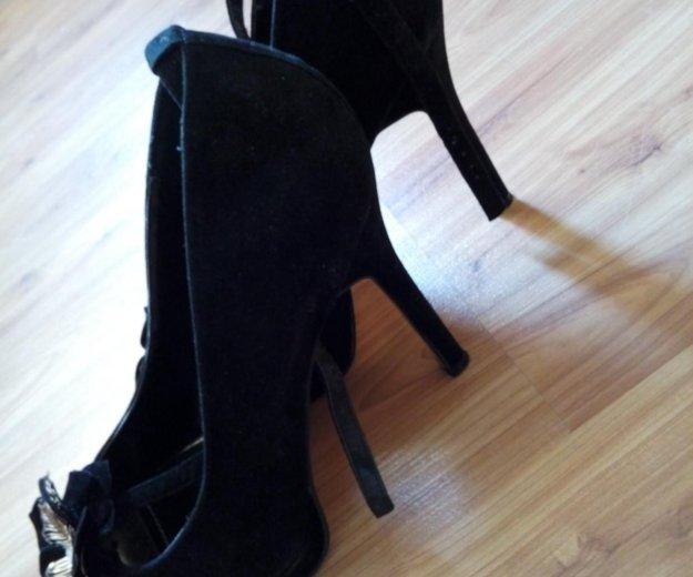 Туфли на каблуке. Фото 1. Сочи.