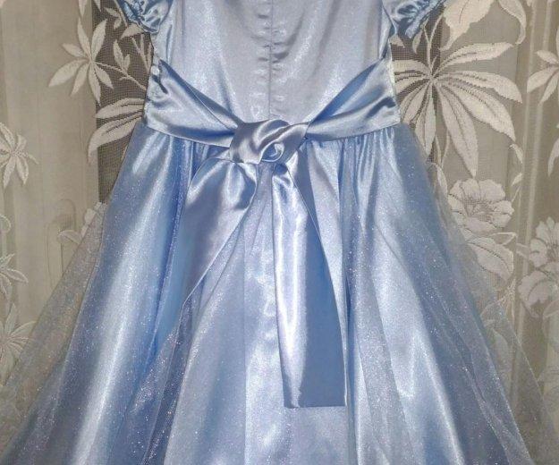 Платье на девочку 4-6лет. Фото 2. Астрахань.