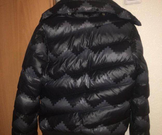 Продаю зимний пуховик adidas. Фото 2. Екатеринбург.
