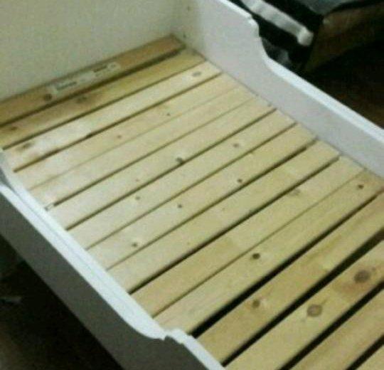 Кроватка раздвижная. Фото 3. Омск.