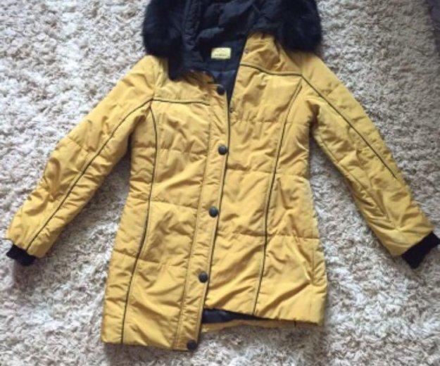 Зимняя куртка с натуральным мехом. Фото 2. Бор.