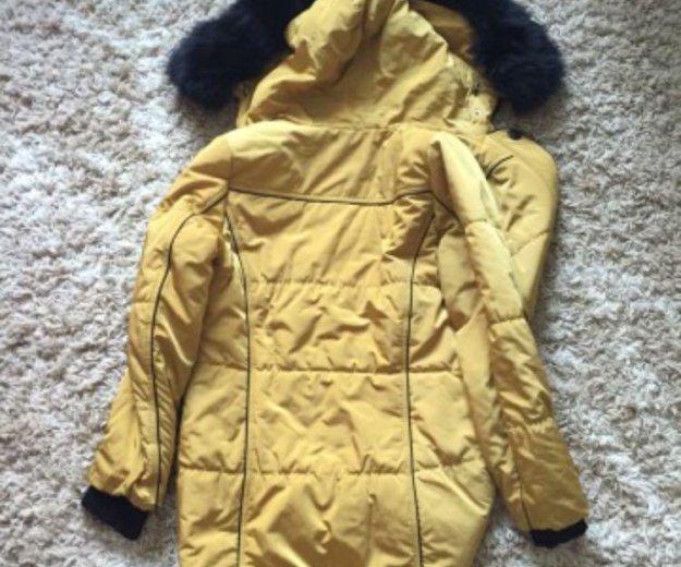 Зимняя куртка с натуральным мехом. Фото 1. Бор.