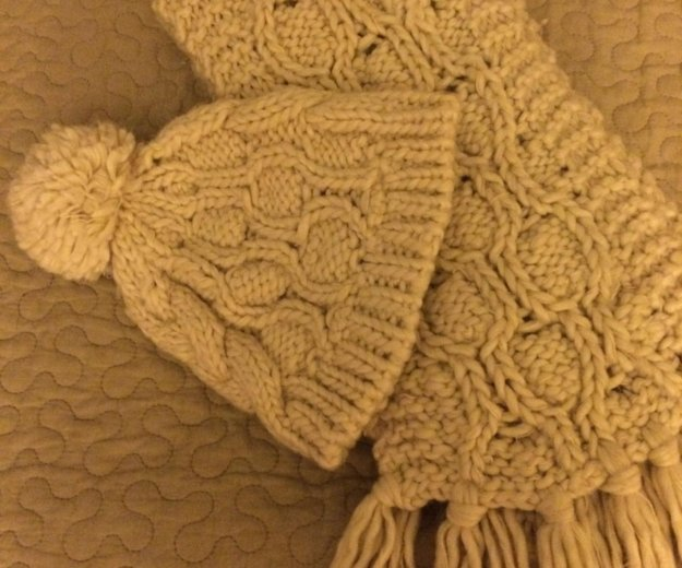 Шапка и шарф. Фото 1. Москва.