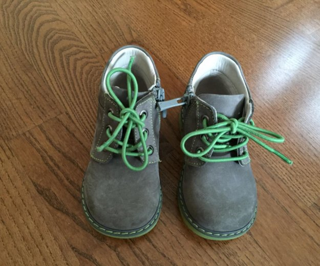 Детскя обувь. Фото 1. Москва.
