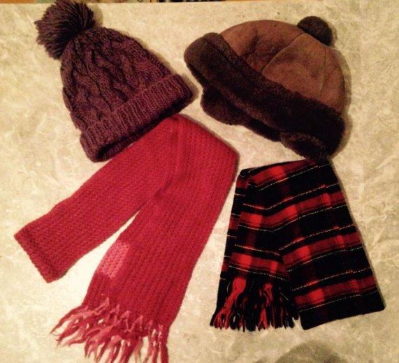 Зимние шарфы, шапки. Фото 1. Москва.
