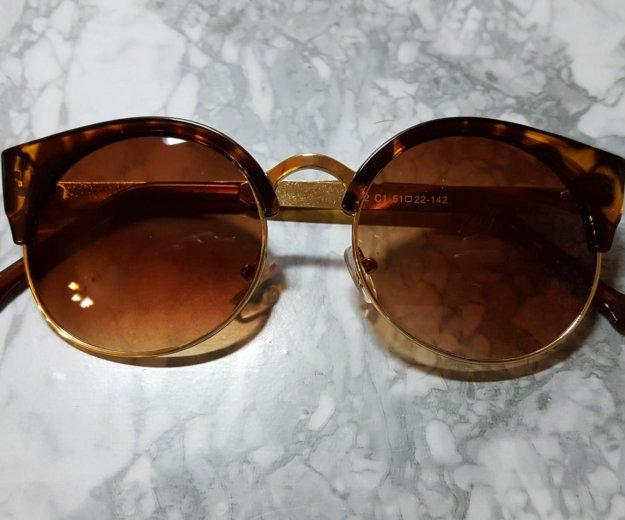 Солнечные очки. Фото 4. Санкт-Петербург.