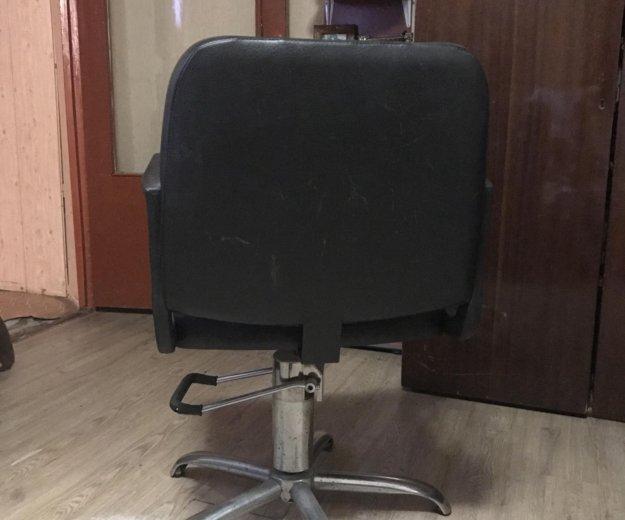 Парикмахерское кресло. Фото 3. Сочи.