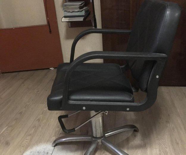 Парикмахерское кресло. Фото 2. Сочи.