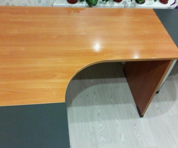 Стол письменный стол тумбой. Фото 3. Казань.