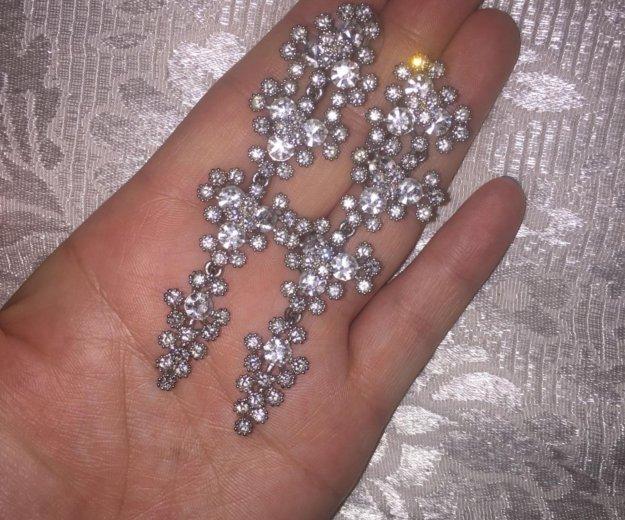 Серебрянные серьги , камни сваровски. Фото 1. Москва.
