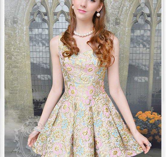 Коктейльное платье новое +подарок. Фото 1. Оренбург.