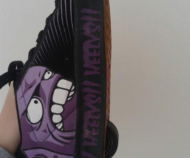 Heelys ( кроссовки с колесами ) 33 размер. Фото 2. Севастополь.