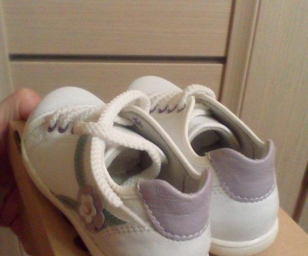 Новые ботинки р.25. Фото 2. Химки.
