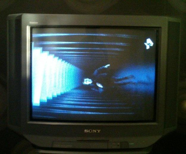 Телевизор sony trinitron. Фото 1.