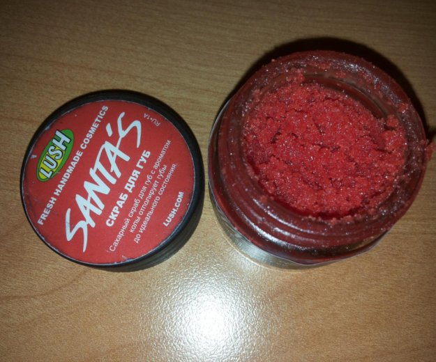 Lush скраб для губ santa's крошка санта. Фото 2. Москва.