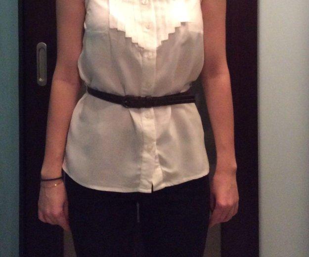 Белая рубашка с открытой спиной + ремешок. Фото 2. Москва.