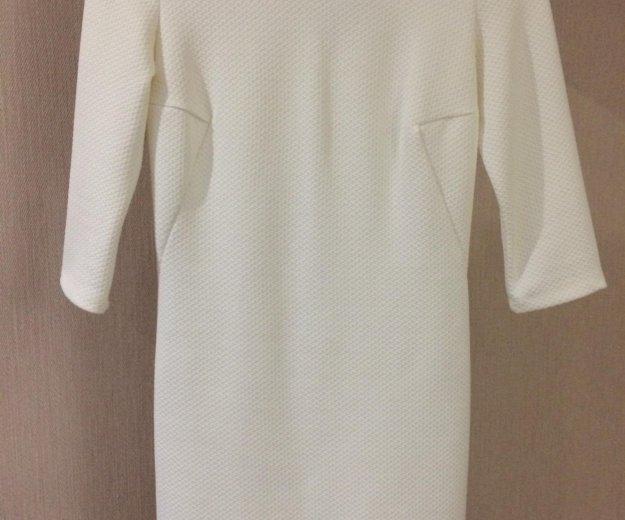 Облегающее платье белое. Фото 1. Волгоград.