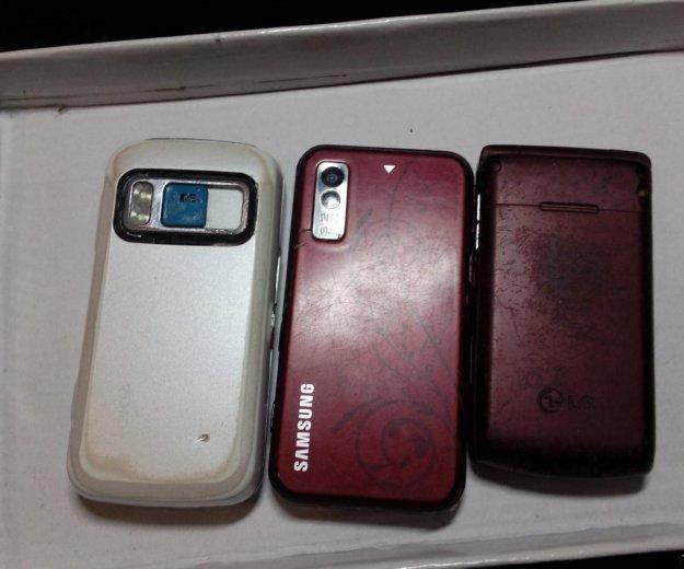 Мобильные телефоны. Фото 2.