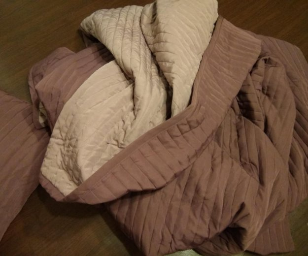 Покрывало и 2 чехла на подушки. Фото 2. Москва.