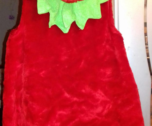 Новогодний костюм клубнички. Фото 1. Сургут.