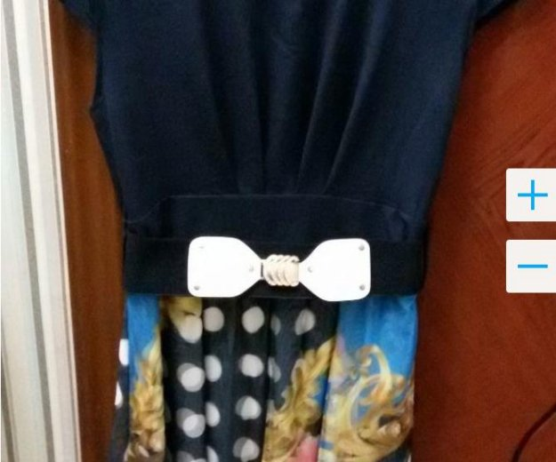 Платье темно-синее с 3d  принтом. Фото 2. Тула.