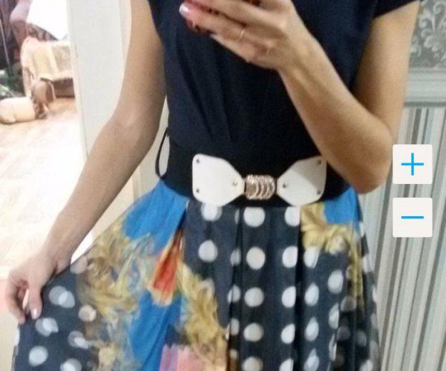 Платье темно-синее с 3d  принтом. Фото 1. Тула.
