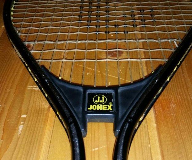 Теннисная ракетка yonex. Фото 1. Москва.