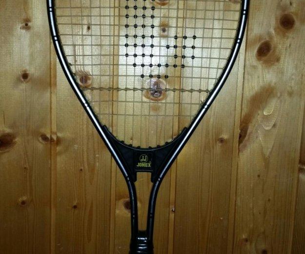 Теннисная ракетка yonex. Фото 2. Москва.