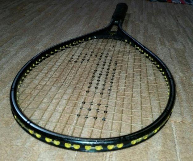 Теннисная ракетка yonex. Фото 4. Москва.