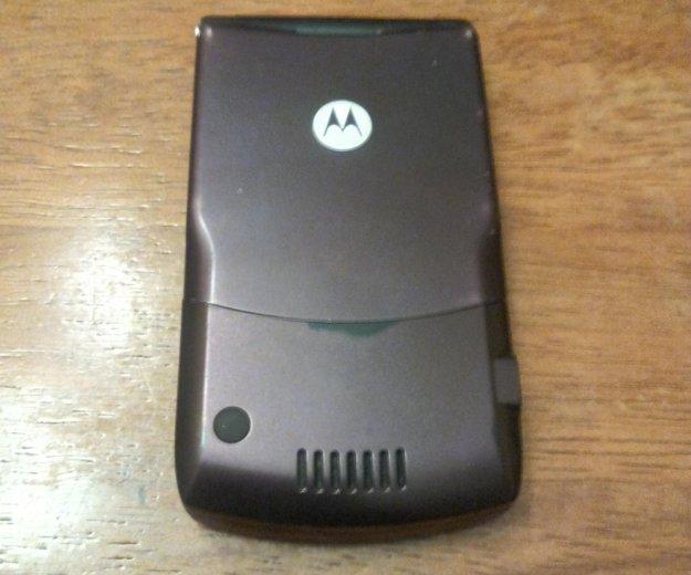 Motorola v3 i бордовый. Фото 1. Москва.