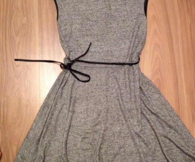 Платье италия 46р-р. Фото 1. Ижевск.