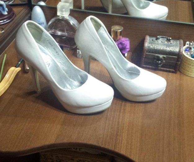 Туфли на свадьбу и просто. плюс подарок. Фото 2. Москва.