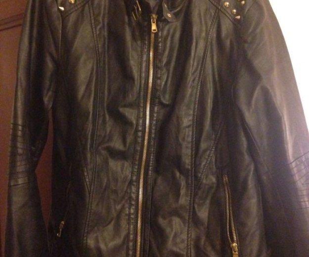 Кожаная куртка с шипами. Фото 1. Москва.