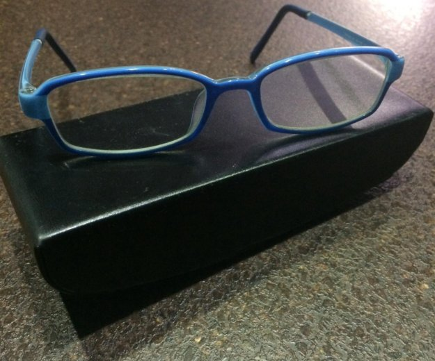 Фирменная подростковая оправа (очки). Фото 1. Санкт-Петербург.