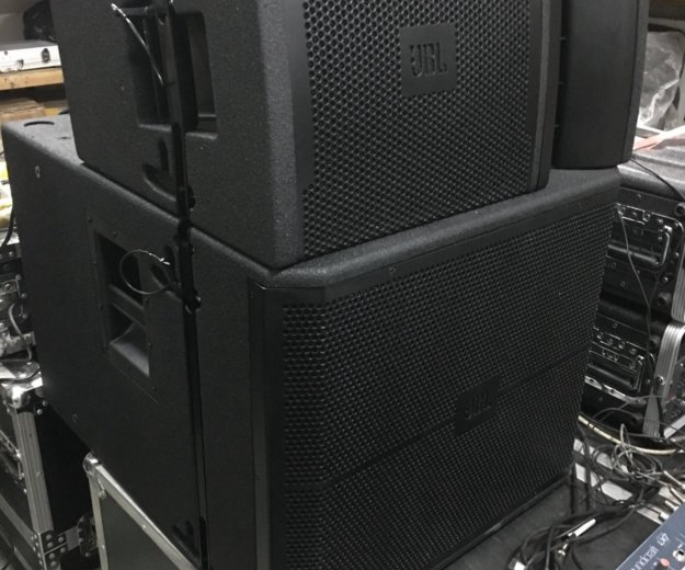 Комплект активных акустических систем jbl vrx932la. Фото 1. Уссурийск.