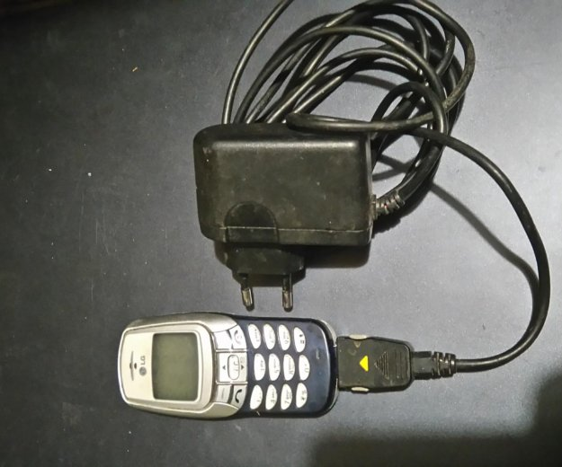 Мобильный телефон lg. Фото 1. Москва.