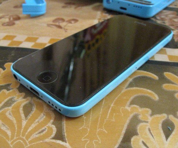 Iphone 5c blue 16 gb. Фото 1. Хабаровск.