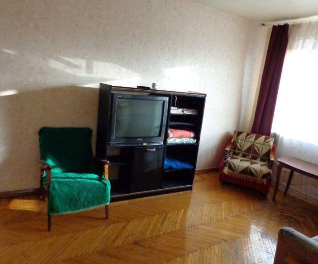 Трёхкомнатная квартира в центре, район гаврилова. Фото 1. Краснодар.