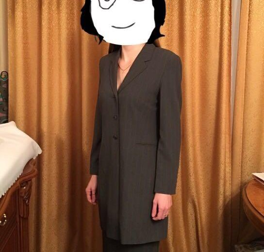 Новый деловой костюм marks spencer. Фото 1. Москва.