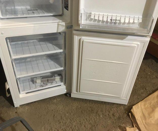 Холодильник новый с магазина. Фото 4. Красноярск.