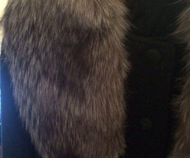 Зимнее пальто (шерсть и натуральный мех). Фото 1. Лысьва.