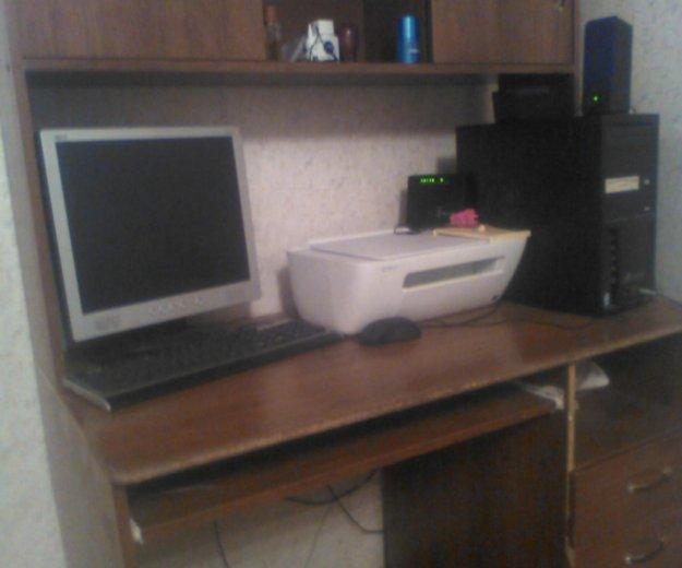 Стол компьютерный. Фото 2. Новотроицк.
