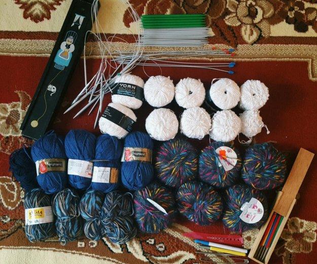 Пряжа спицы крючки для вязания. Фото 1. Новокузнецк.