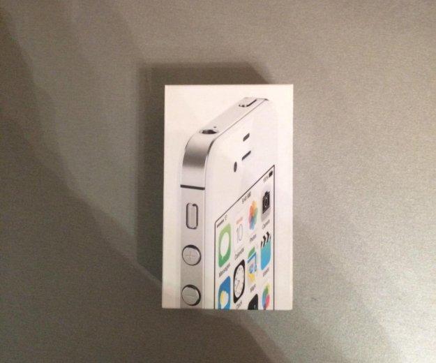 Iphone 4s 16 gb + 5 чехлов. Фото 2. Красноярск.